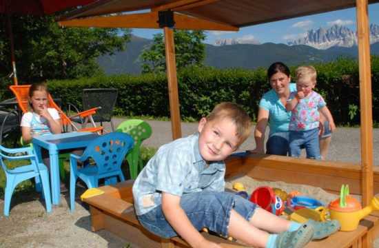 farm-holiday-stocknerhof-bressanone-south-tyrol (13)