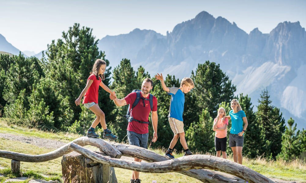 Spring-Summer-Fall – Hiking holidays in Val d'Isarco